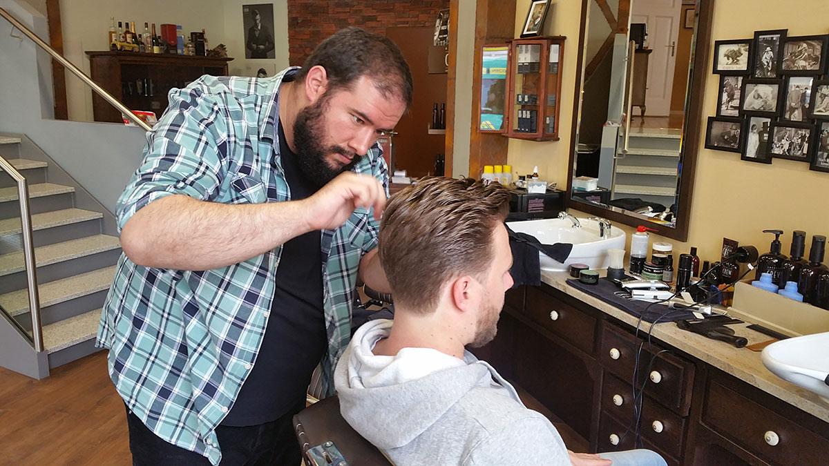 Haircut - Todi's Barbershop Berlin